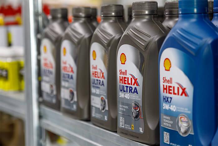 Shell Helix Producten op stelling van Hettema.